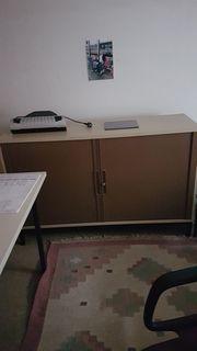 Diverse Büromöbel