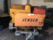 Jensen A328 Holzhäcksler Buschholzhacker