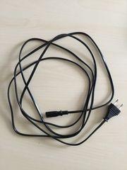 Strom auf IEC C7 Stecker
