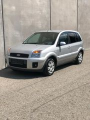 Ford Fusion Ambiente - BJ 2008