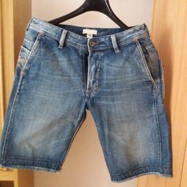 Herrenbekleidung - Jeansshort von Diesel