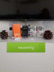 NEUWERTIG Samsung Galaxy J5 DUOS