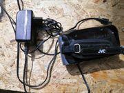 Verkaufe JVC GZ-MS100BE Camcorder mit