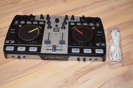 DJ Pult - MixVibes U-Mix Control: Kleinanzeigen aus Garching - Rubrik DJ, Disco (Equipment)