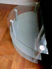 stabiler schöner Glastisch
