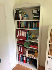 Bücherregal von Otto - weiß