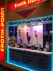 Erotik Store mit Kino und