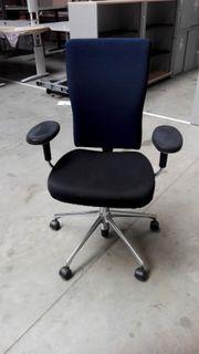 vitra Bürodrehstuhl t-chair blaue Rückenlehne