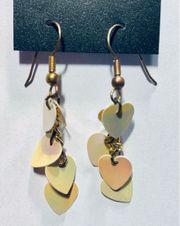Ohrhänger mit gelben Herzen
