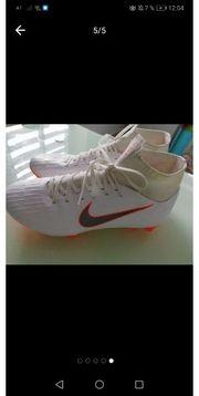 Nike mercurial fußballschuhe Gr 40