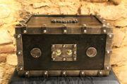 Antiker Tresor Kriegskasse Eisentruhe Eisenkassette