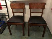 4 Sehr schöne alte Stühle