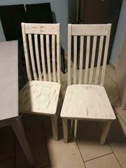 2 Shabby-Chic weiß massive Stühle