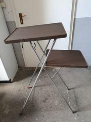 Projektor - Beamer - Tisch