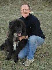 Tomas ist ein aktiver Junghund