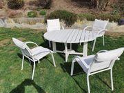 Holztisch zusammenklappbar mit4 Gartenstühlen