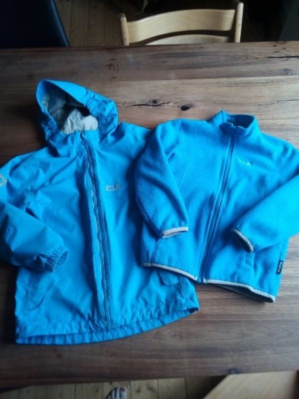 check out e685a 8db8f Winterjacke 3 in 1 von Jack Wolfskin 128 in Karlsruhe ...