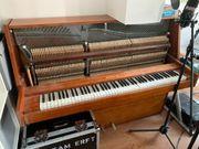 Upright-Klavier der Firma Riga im