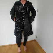 Festlicher Damenmantel italienisch schwarz weiss