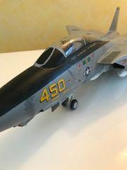 Kampfjet F14 Tomcat Maßstab 1