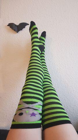 Getragene Wäsche - getragene Strümpfe andere Kleidung Socken