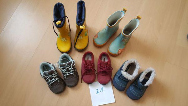 Kinderschuhe 21 Turnschuhe Gummistiefel Socken