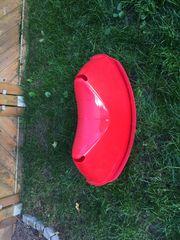 Rote Wippe von Ikea neuwertig