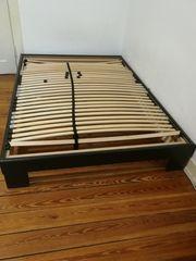 Fast geschenkt Bett - Bettgestell - Matratze