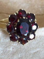 Granat-Ring 8 Karat 333 Gelbgold