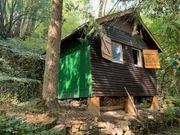 Reserviert Naturgrundstück mit kleiner Hütte