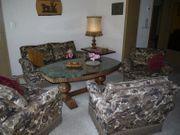 Aussergewöhnliche Wohnzimmer-Sitzgruppe Brokat mit Daunen