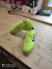 Adidas Nemeziz Fußballschuhe