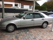 Auto Mercedes E200 zu Verkaufen