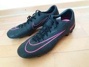 Fussball Stollenschue Nike Mercurial