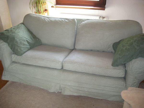 Sofa Landhausstil - Eppingen - Sofa mit waschbarem Stoffbezug (Baumwolle), einmal in pastell-mintgrün (s. Foto) und Wechselbezug in pastell-lachsfarben. Sehr bequemes Polstersofa, englischer Landhausstil. Breite 190 cm, Tiefe 100 cm. Es wäre möglich, das Sofa bis an die H - Eppingen