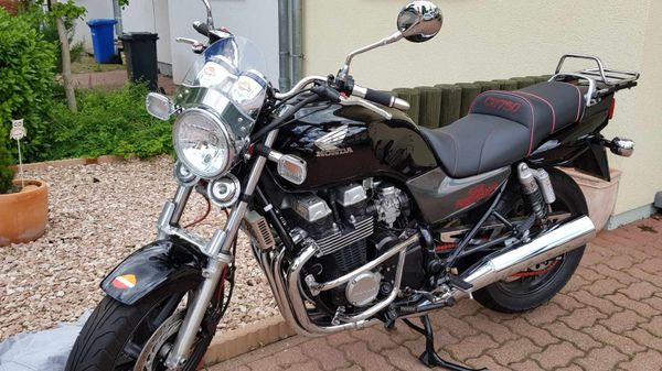 Honda CB Fifty Seven - Topzustand