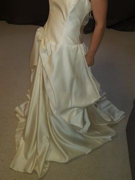 Bild 4 - Hochzeitskleid Größe 36 - Laucha Plößnitz