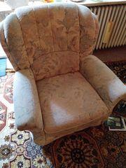 Couch und Fernseher Sessel gegen