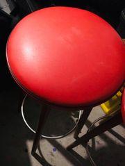 2 Kunstlederstühle für 60 Euro