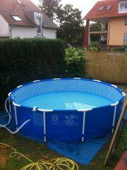 Intexi Familien Swimmingpool mit Metallrahmen