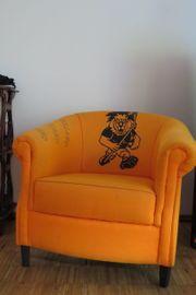 Designer Sessel in cooler Farbe