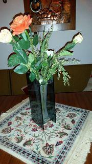 Vase massiv mit Seidenblumen