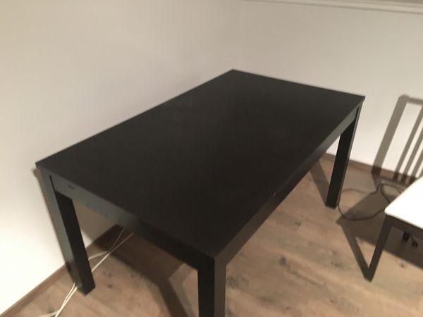 Ikea Ausziehtisch Bjursta in Schwarz
