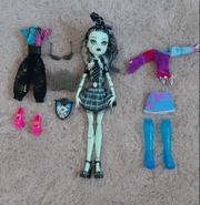 Monster High Frankie Stein- Puppe