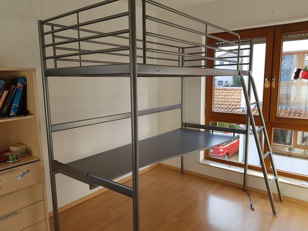 Ikea Hochbett mit Schreibtisch