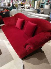 Sofa Couch im nostalgischen Stil