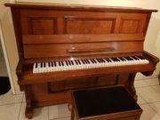 Tolles Klavier in gepflegtem Zustand