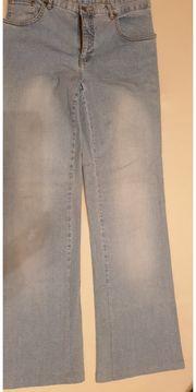 Jeans hellblau Shirt braun Diddl