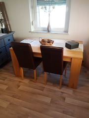 Esstisch mit 4 Stühlen zu