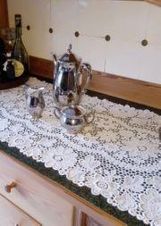 Silberfarbene Kaffeekanne Milchkännchen Zuckerdose